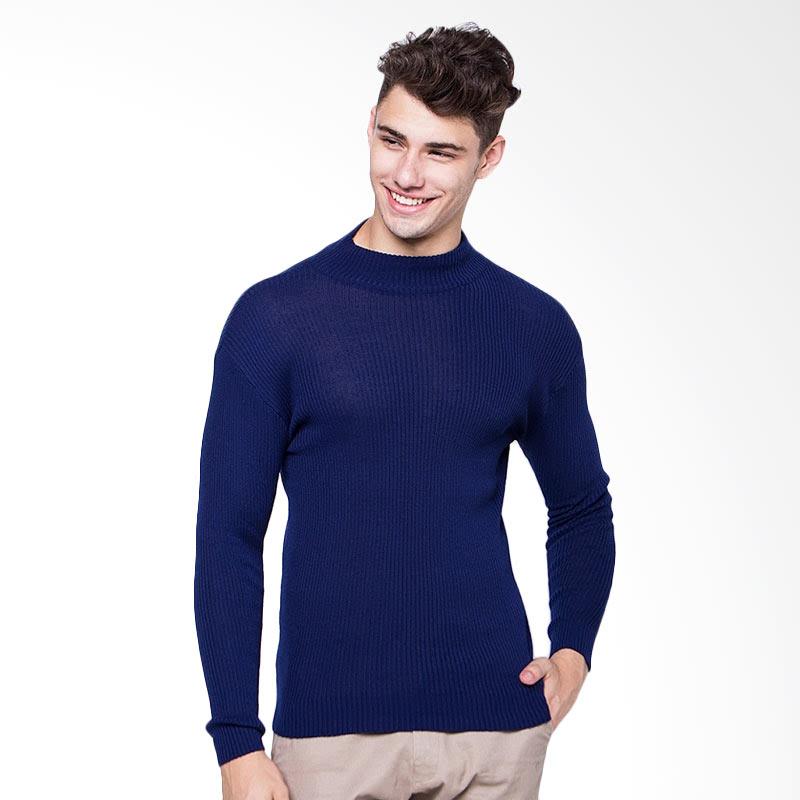 Man High Neck Sweater