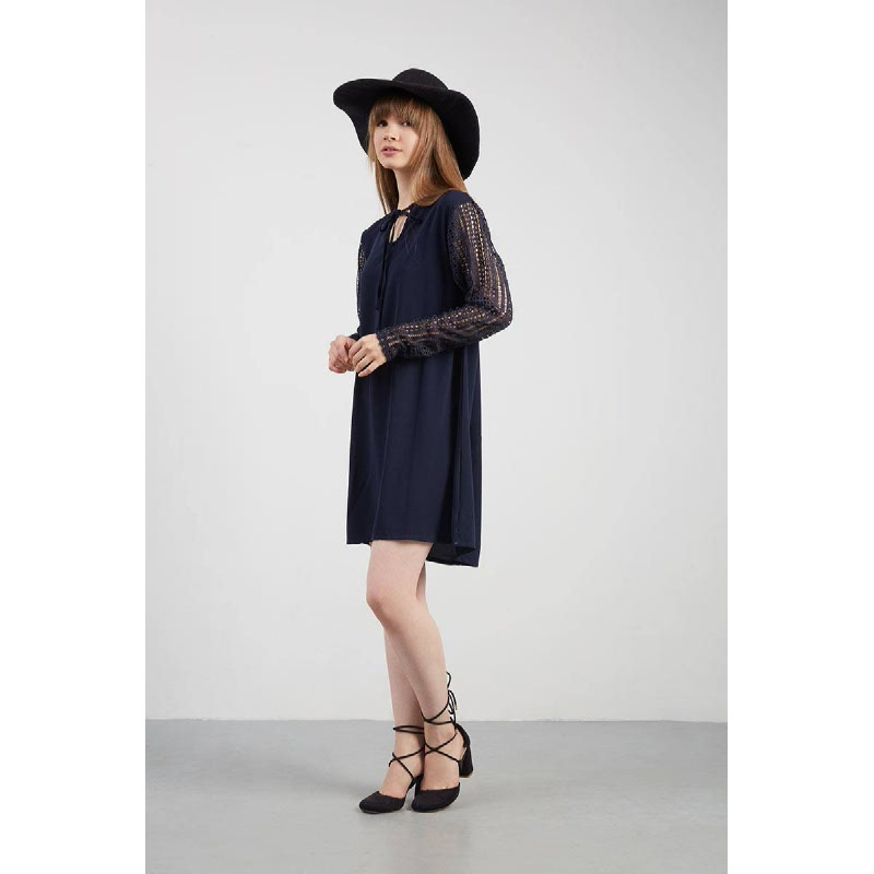 Ririna Lace Dress Blue