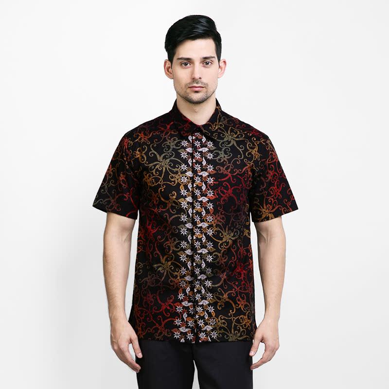 Arjuna Weda Batik Shirt Short Sleeve Cumikan Pelangi Black