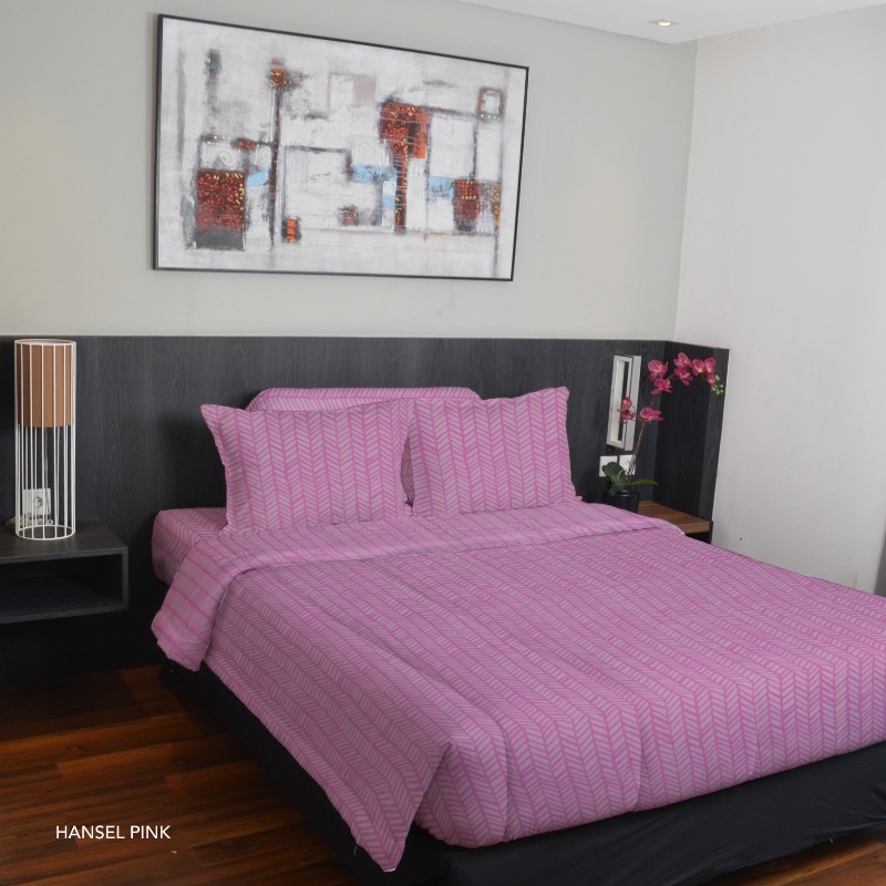 King Rabbit Bed Cover Double 230x230 cm Motif Hansel - Pink