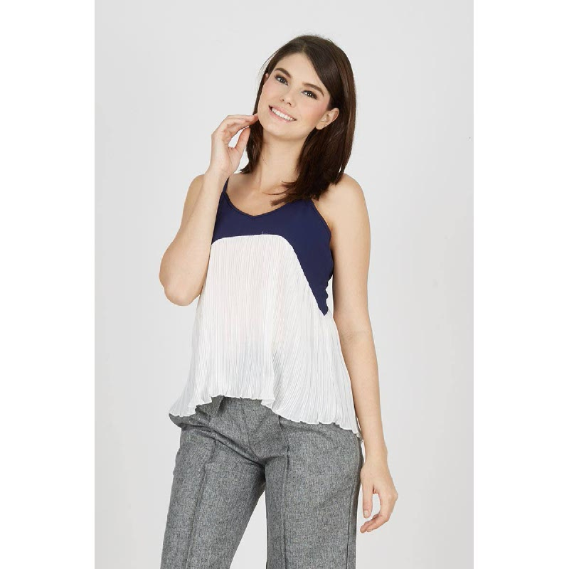 Gwen Gottingen Top in Navy